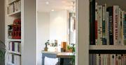 Rénovation d'un appartement ancien modernisé par parquet noir, décloisonnement avec cuisine ouverte, bar en béton, bibliothèque - Julie Béringué Architecte d'intérieur à Toulouse